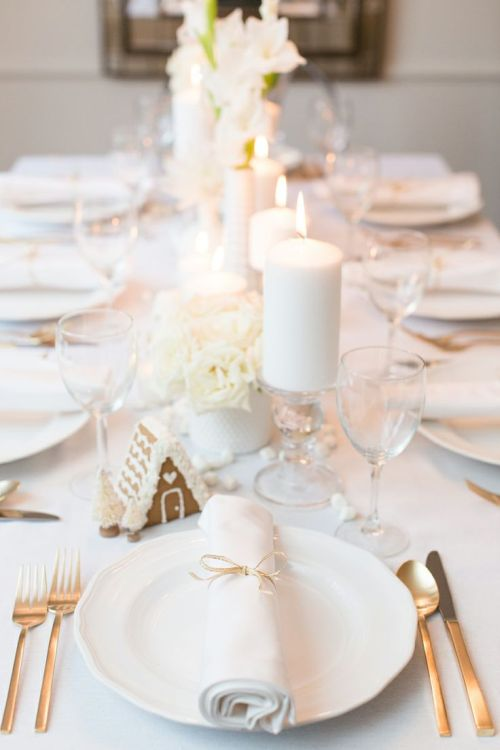 elegant white Christmas table decoration