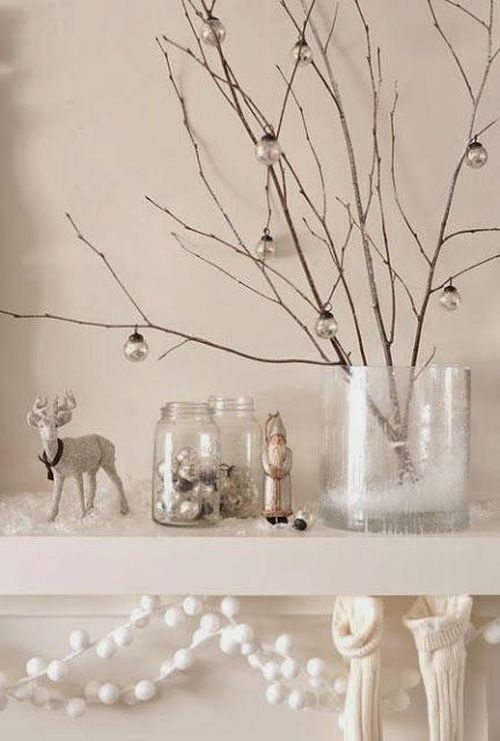 easy and lovely white and gray Christmas decoration