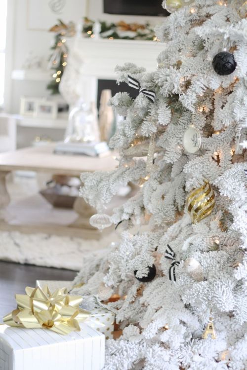 white and gold christmas tree - White And Gold Christmas Decorations